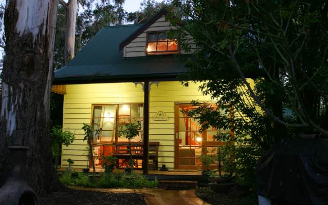 Yarrowee Cottage - Attic style spa cottage sleeps two with queen bed and double sofa bed.
